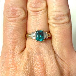 Ring 14k gold emerald
